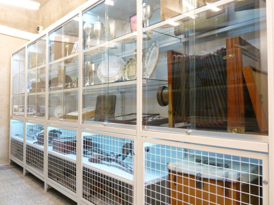 Múzeumi polcrendszer